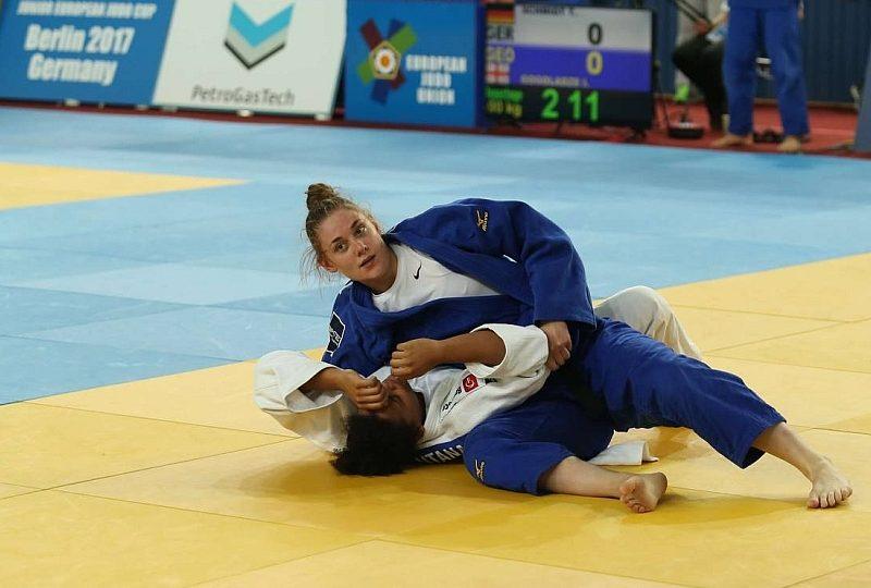 Gold für Giovanna Scoccimarro bei U21-EC