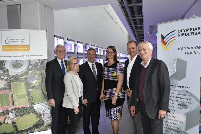 Besuch des Innenministers Boris Pistorius am Olympiastützpunkt Niedersachsen